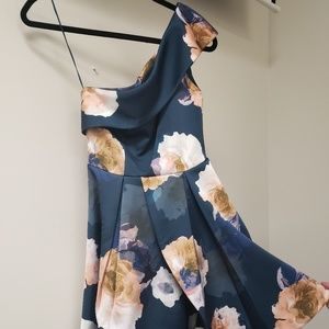 Keepsake the Label cold shoulder dress